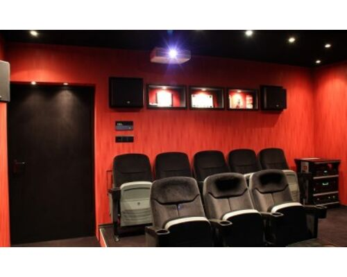 home-theater-873241_640-e1446200335435